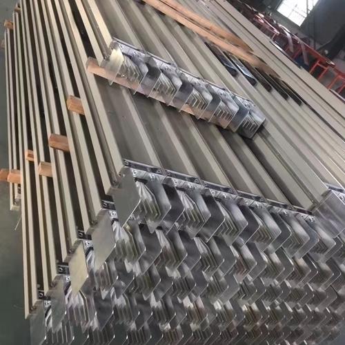 200A封闭式母线槽特征
